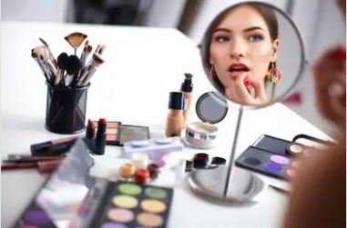 Best Makeup Mirrors Buying Guide for 2021