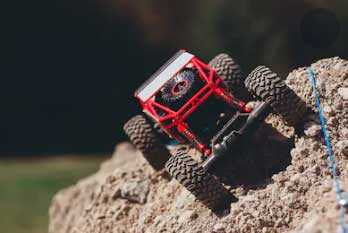 Best RC Rock Crawlers Buying Guide for 2020